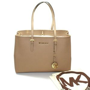 Michael kors jet set purse in tan